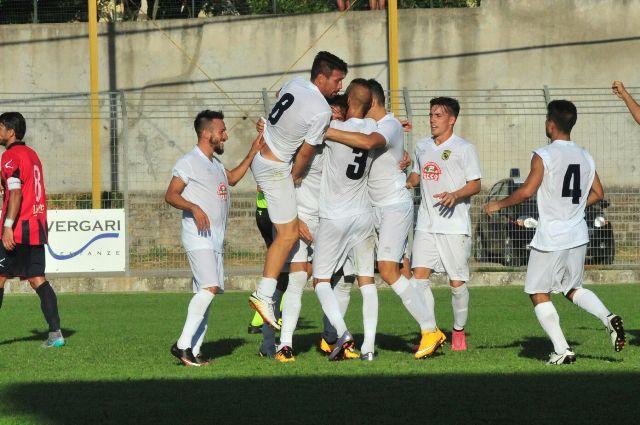 LA VITERBESE BATTE IL RACING ROMA 3-1